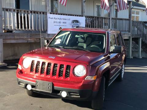 2014 Jeep Patriot for sale at Flash Ryd Auto Sales in Kansas City KS