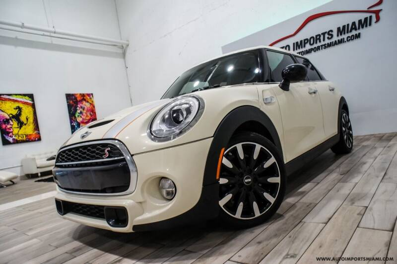 2018 MINI Hardtop 4 Door for sale at AUTO IMPORTS MIAMI in Fort Lauderdale FL