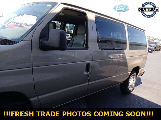 2013 Ford E-Series Wagon for sale in Highland, IN