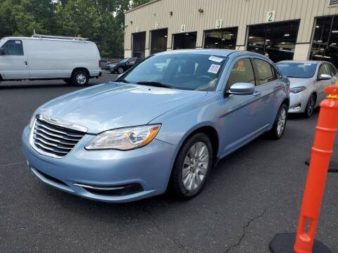 2014 Chrysler 200 for sale at Matthew's Stop & Look Auto Sales in Detroit MI