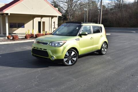 2015 Kia Soul for sale at Alpha Motors in Knoxville TN