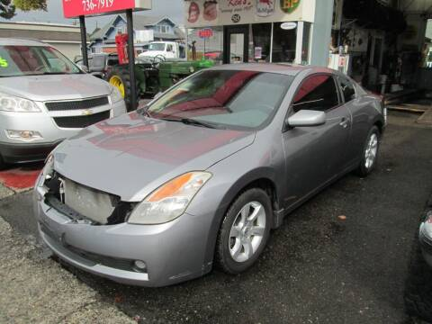 2008 Nissan Altima for sale at Bi Right Motors in Centralia WA