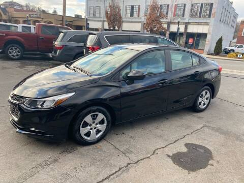 2016 Chevrolet Cruze for sale at East Main Rides in Marion VA