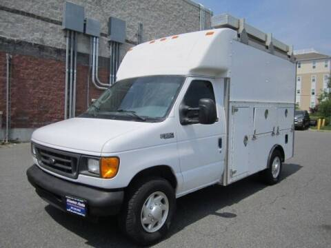 2003 Ford E-Series Chassis for sale at Master Auto in Revere MA