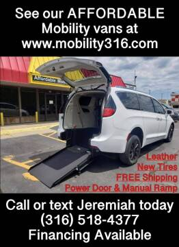 2019 Chrysler Pacifica for sale at Affordable Mobility Solutions, LLC - Mobility/Wheelchair Accessible Inventory-Wichita in Wichita KS