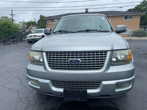 2006 Ford Expedition for sale at RON'S AUTO SALES INC in Cicero IL