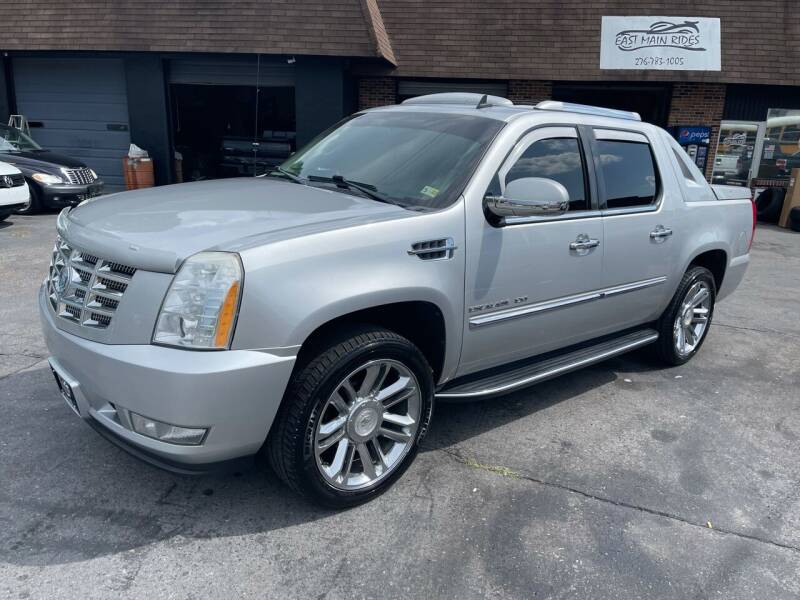 2010 Cadillac Escalade EXT for sale at East Main Rides in Marion VA