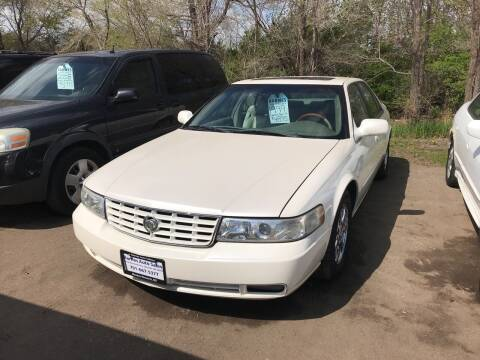 1999 Cadillac Seville for sale at BARNES AUTO SALES in Mandan ND