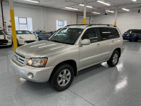 2006 Toyota Highlander for sale at The Car Buying Center in Saint Louis Park MN
