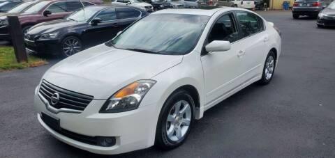 2009 Nissan Altima for sale at GEORGIA AUTO DEALER, LLC in Buford GA