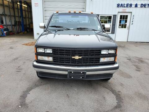 1989 Chevrolet C/K 3500 Series for sale at DISCOUNT AUTO SALES in Johnson City TN
