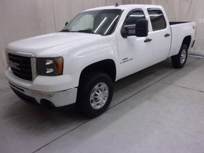 2009 GMC Sierra 2500HD for sale at Paquet Auto Sales in Madison OH
