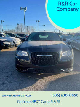 2018 Chrysler 300 for sale at R&R Car Company in Mount Clemens MI