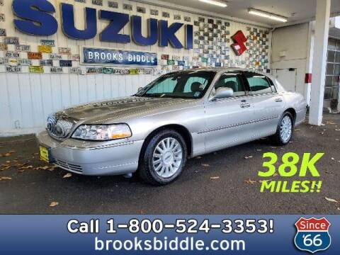 2003 Lincoln Town Car for sale at BROOKS BIDDLE AUTOMOTIVE in Bothell WA