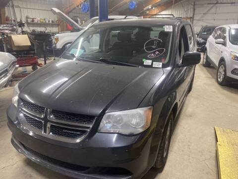 2012 Dodge Grand Caravan for sale at B & B Auto Sales in Brookings SD