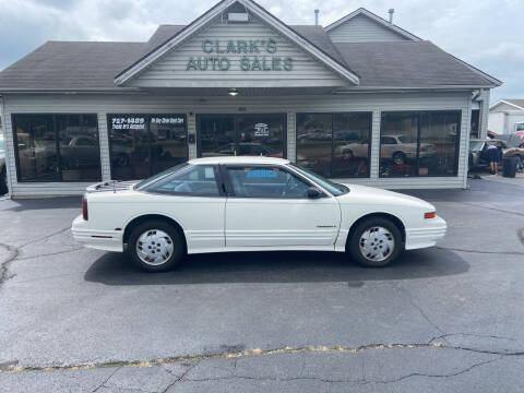 1992 Oldsmobile Cutlass Supreme for sale at Clarks Auto Sales in Middletown OH