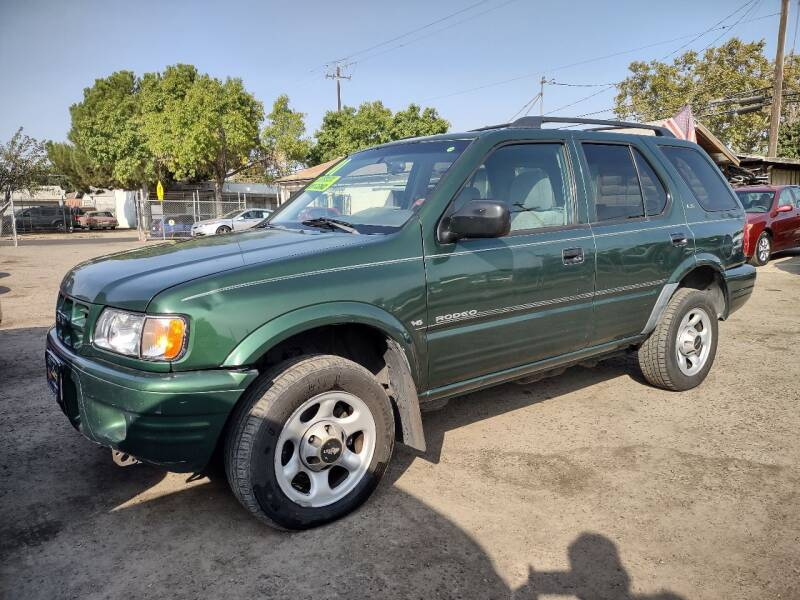 2001 Isuzu Rodeo for sale at Larry's Auto Sales Inc. in Fresno CA