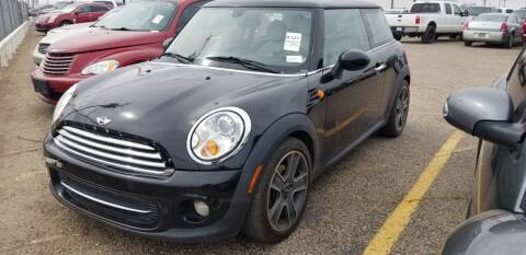 2012 MINI Cooper Hardtop for sale at QUALITY MOTOR COMPANY in Portales NM