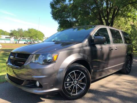 2018 Dodge Grand Caravan for sale at Powerhouse Automotive in Tampa FL