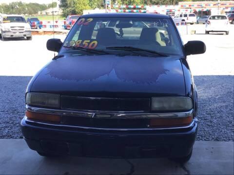 2002 Chevrolet S-10 for sale at K & E Auto Sales in Ardmore AL