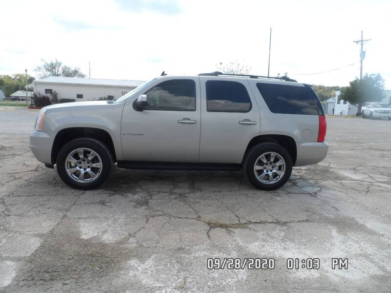 2007 GMC Yukon for sale at Town and Country Motors in Warsaw MO