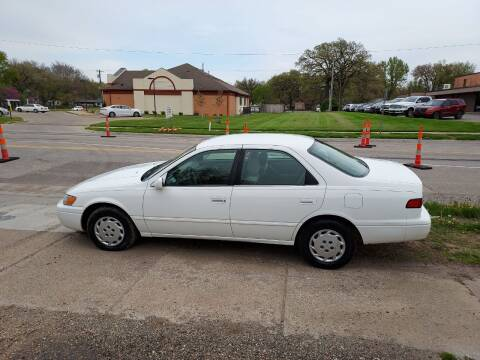1997 Toyota Camry for sale at D & D Auto Sales in Topeka KS