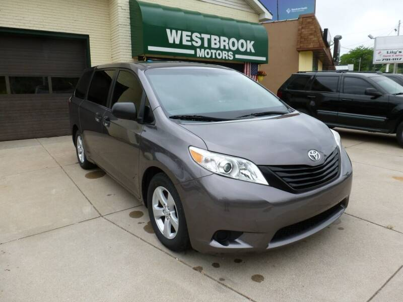 2015 Toyota Sienna for sale at Westbrook Motors in Grand Rapids MI