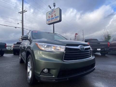 2014 Toyota Highlander Hybrid for sale at S&S Best Auto Sales LLC in Auburn WA