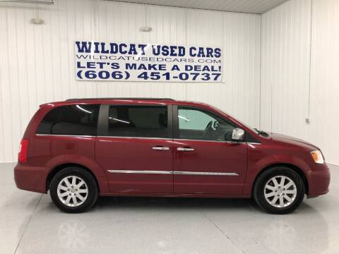 2016 Chrysler Town and Country for sale at Wildcat Used Cars in Somerset KY
