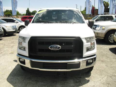 2015 Ford F-150 for sale at SUPERAUTO AUTO SALES INC in Hialeah FL