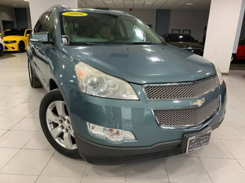 2009 Chevrolet Traverse for sale at Auto Mall of Springfield in Springfield IL