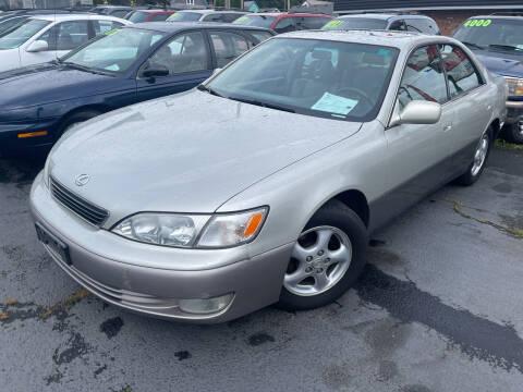 1998 Lexus ES 300 for sale at American Dream Motors in Everett WA