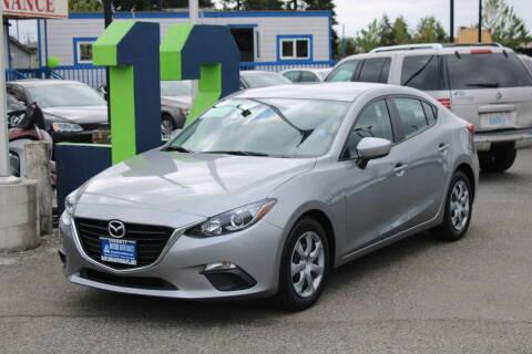2016 Mazda MAZDA3 for sale at BAYSIDE AUTO SALES in Everett WA