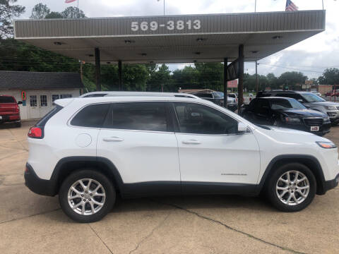 2014 Jeep Cherokee for sale at BOB SMITH AUTO SALES in Mineola TX
