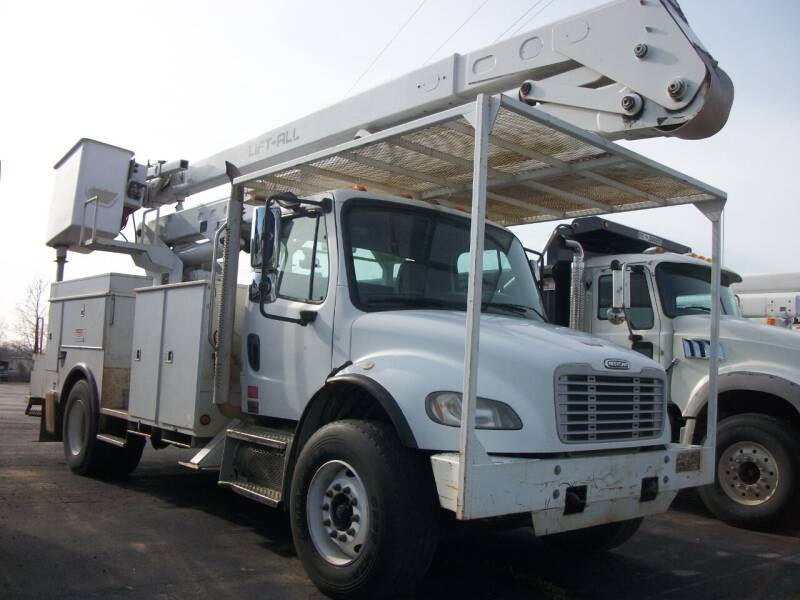 2008 Freightliner Business class M2 for sale at Classics Truck and Equipment Sales in Cadiz KY