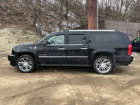 2013 Cadillac Escalade ESV for sale at Compact Cars of Pittsburgh in Pittsburgh PA