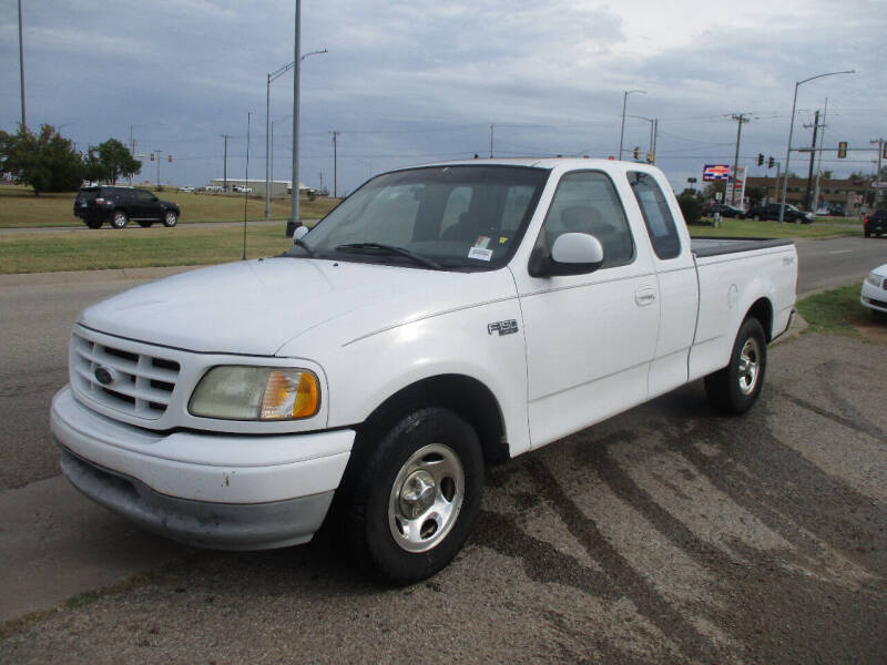 2002 Ford F-150 for sale at BUZZZ MOTORS in Moore OK