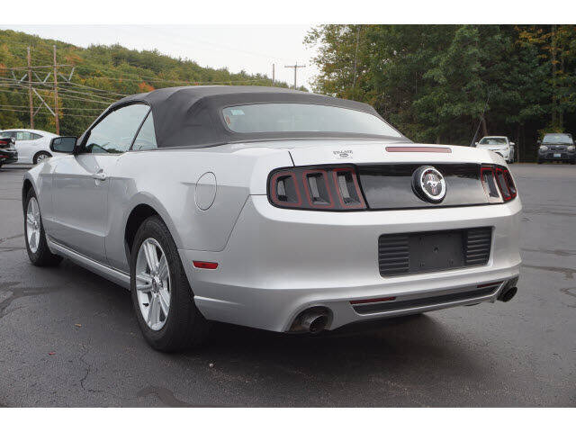 2013 Ford Mustang V6 2dr Convertible - South Berwick ME