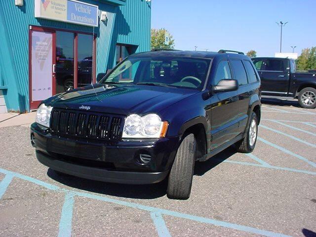 2006 Jeep Grand Cherokee for sale at VOA Auto Sales in Pontiac MI
