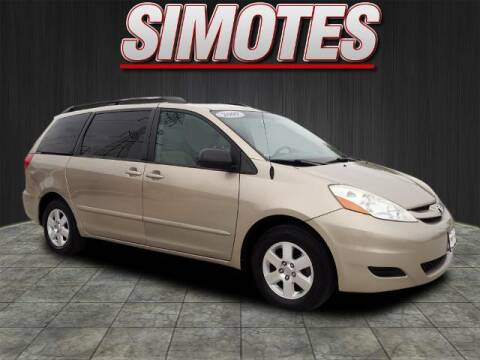 2009 Toyota Sienna for sale at SIMOTES MOTORS in Minooka IL