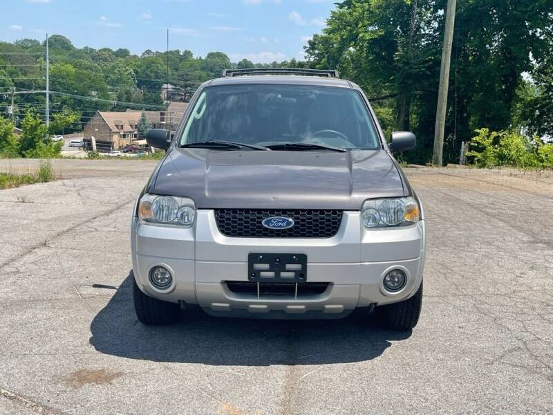 2006 Ford Escape Hybrid for sale at Car ConneXion Inc in Knoxville TN