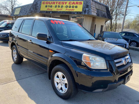 2006 Honda Pilot for sale at Courtesy Cars in Independence MO