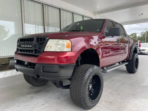 2004 Ford F-150 for sale at Powerhouse Automotive in Tampa FL