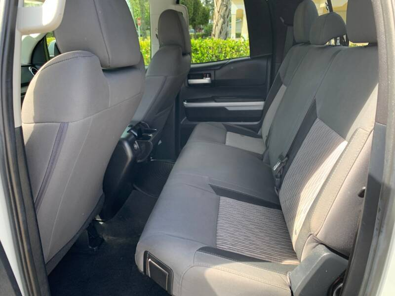 2014 Toyota Tundra 4x2 SR5 4dr Double Cab Pickup SB (5.7L V8) - Davie FL