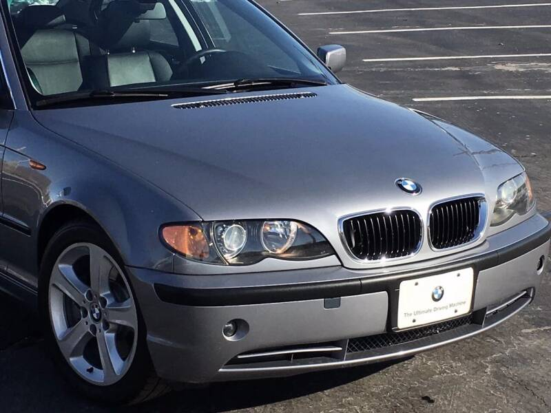 2004 BMW 3 Series for sale at BAVARIAN AUTOGROUP LLC in Kansas City MO