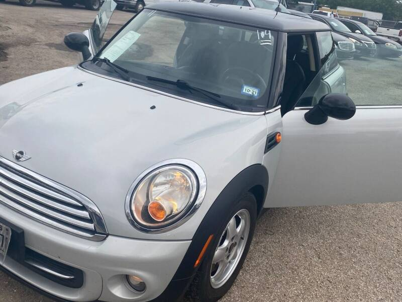 2011 MINI Cooper for sale at BSA Used Cars in Pasadena TX