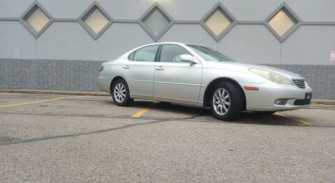 2003 Lexus ES 300 for sale at Double Take Auto Sales LLC in Dayton OH
