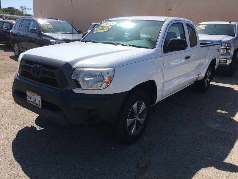 2015 Toyota Tacoma for sale at JR'S AUTO SALES in Pacoima CA