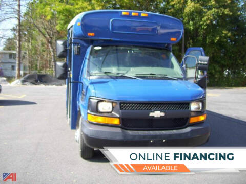 2005 Chevrolet Express Cutaway for sale at GLOVECARS.COM LLC in Johnstown NY