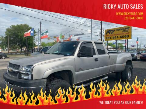 2004 Chevrolet Silverado 3500 for sale at Ricky Auto Sales in Houston TX